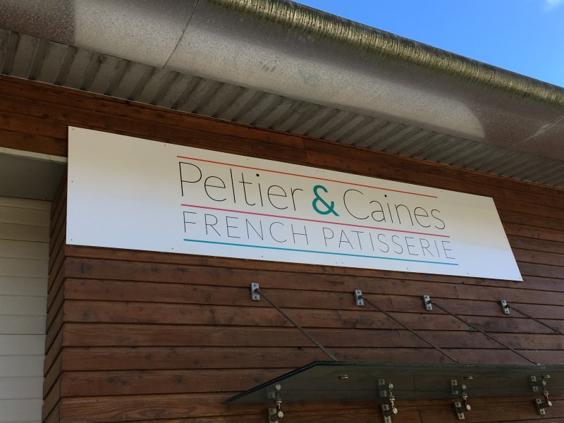 sign-peltier-and-caines