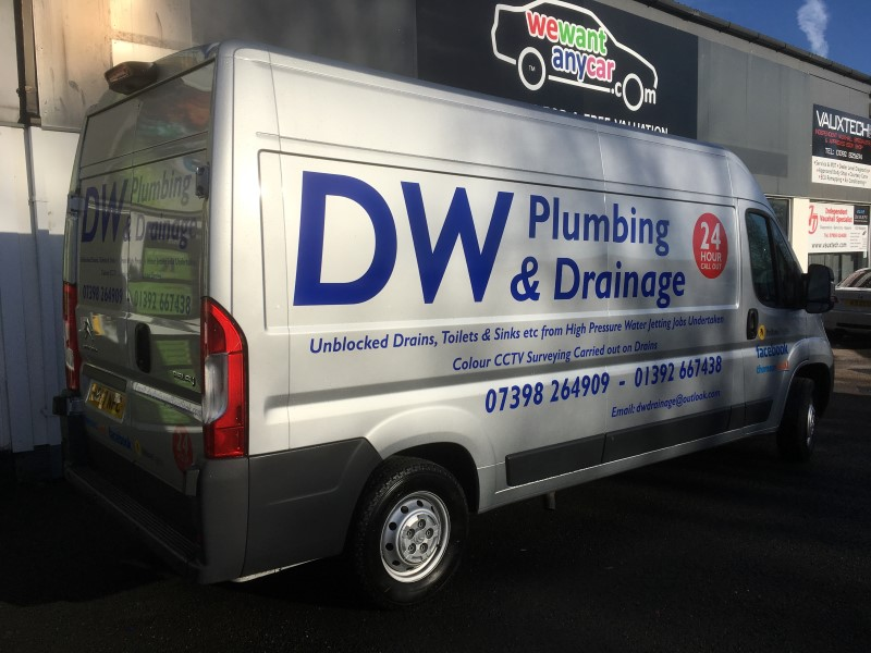 vehicle-graphics-dw-plumbing-and-drainage